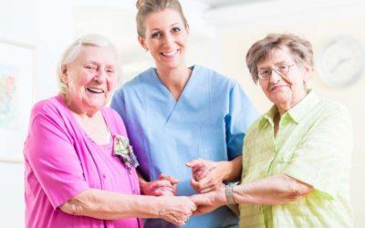 I servizi di assistenza privata per anziani a Como, come sceglierli?